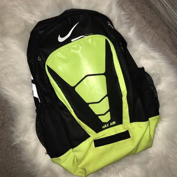 c95b7a786774 Nike Bags | Xl Max Air Back Pack | Poshmark